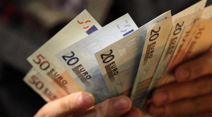 Στα 1.175 ευρώ ο μέσος μικτός μισθός στην Ελλάδα