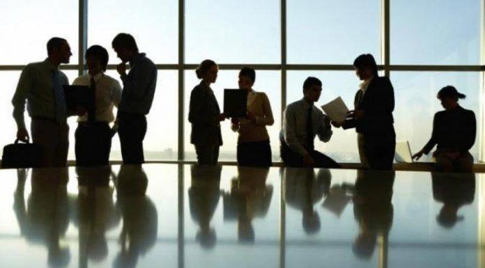 Λιανικό εμπόριο: Αυξάνονται οι θέσεις και οι ώρες εργασίας