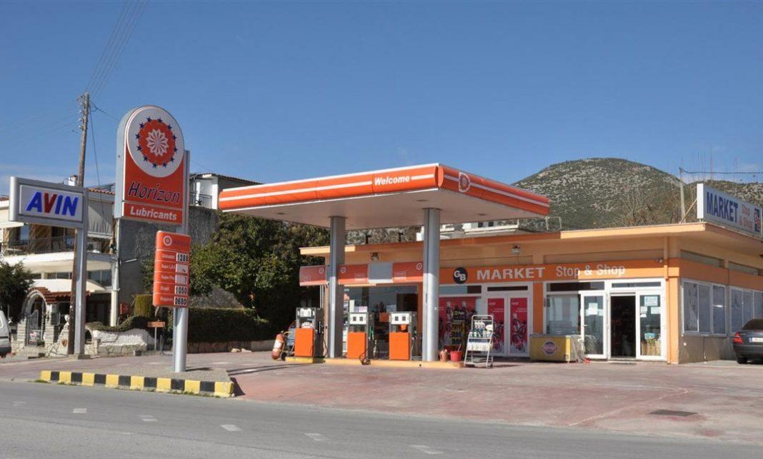 πρατήρια βενζίνης Νέα τάση με μικρές αγορές