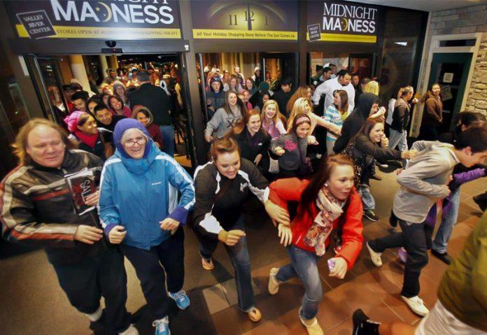 Black Friday: Τα social media «εκτόξευσαν» τις πωλήσεις