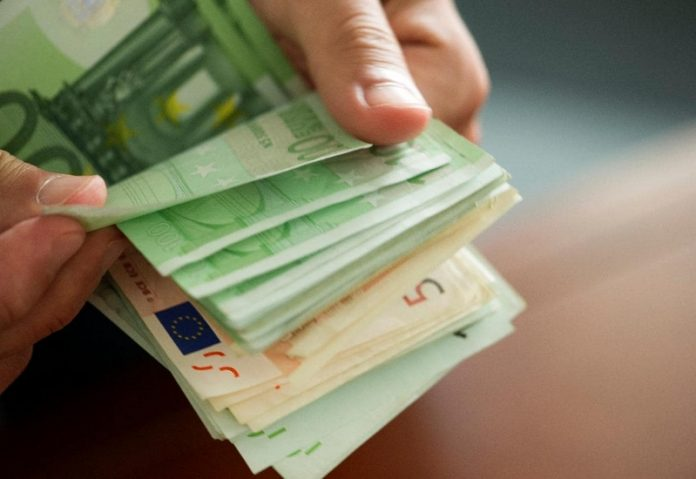 Στα 50,67 ευρώ το μέσο ημερομίσθιο στην Ελλάδα