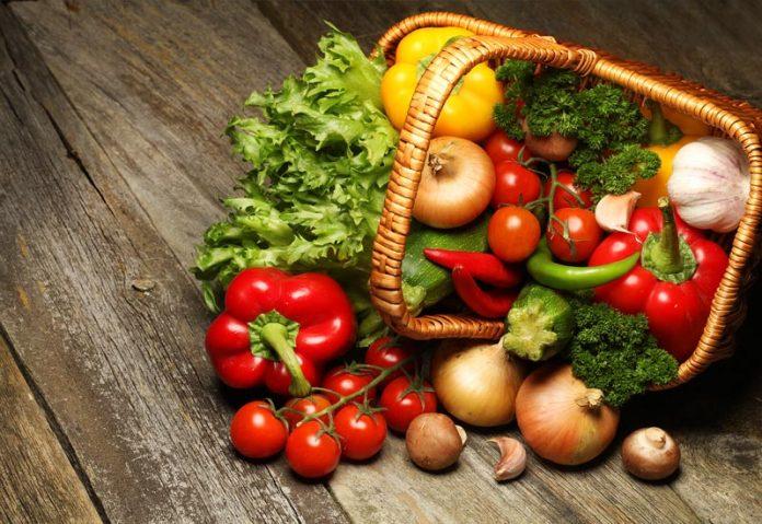 Αυξάνονται τα μίνι μάρκετ στο e-food