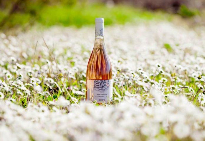 Καινούριο ροζέ κρασί από την οινοποιία Μπουτάρη