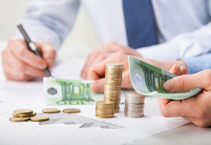 Μείωση κατά 5% στην προκαταβολή φόρου των επιχειρήσεων