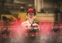 """Στη """"μάχη"""" της ανακύκλωσης η Coca-Cola"""