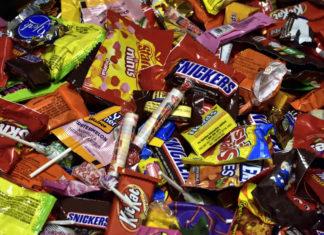 """""""Ανεβαίνουν"""" τα snacks με κέρδος ως και 60% για τα μίνι μάρκετ"""