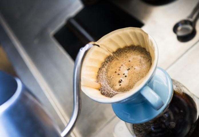 Αλλαγές στα προϊόντα καφέ φέρνουν οι millennials