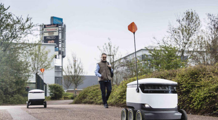 «Επανάσταση» στο delivery με ρομπότ σε σούπερ μάρκετ